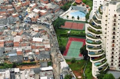 Favela de Paraisopolis (Foto Tuca Vieira,  Wikimedia Creative Commons)