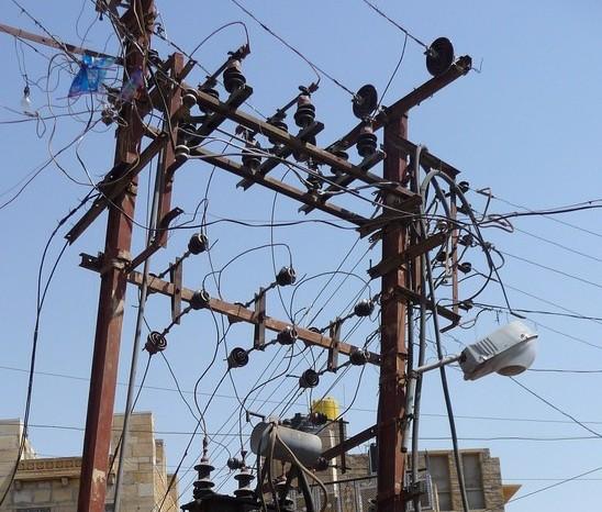 Chaos an einer indischen Umspannstation